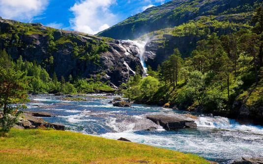 river-mountains